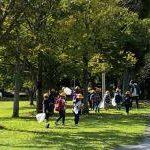 船城小学校の子どもたちが「秋みつけ」に